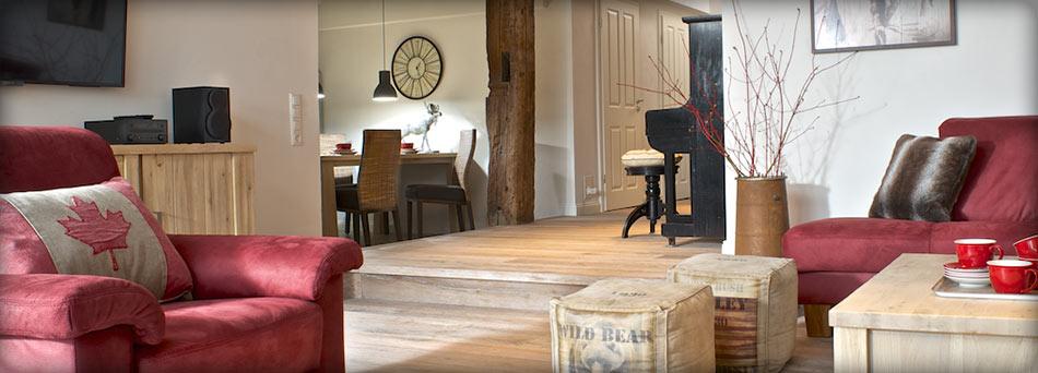 die lage tetenshof. Black Bedroom Furniture Sets. Home Design Ideas